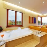 Photo of Suite, shower and bath tub